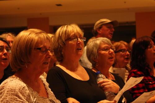singing-sisters